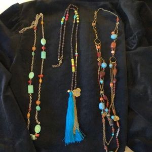 Jewelry - Lot of 3 costume jewelry necklaces
